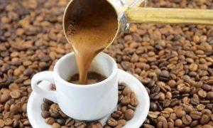 Η ΕΕΚ ζήτησε από τον Πιτσιόρλα να καταργηθεί ο ειδικός φόρος κατανάλωσης στον καφέ