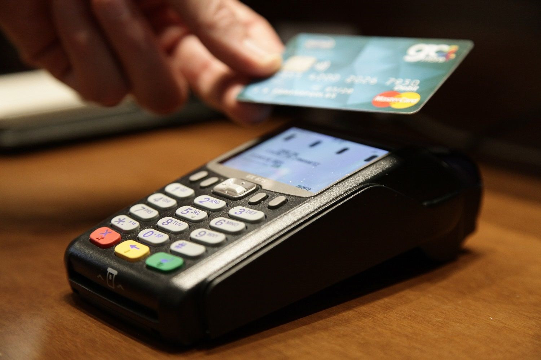 ΑΑΔΕ: Πότε κληρώνει η φορολοταρία Οκτωβρίου που θα «μοιράσει» 1.000 ευρώ