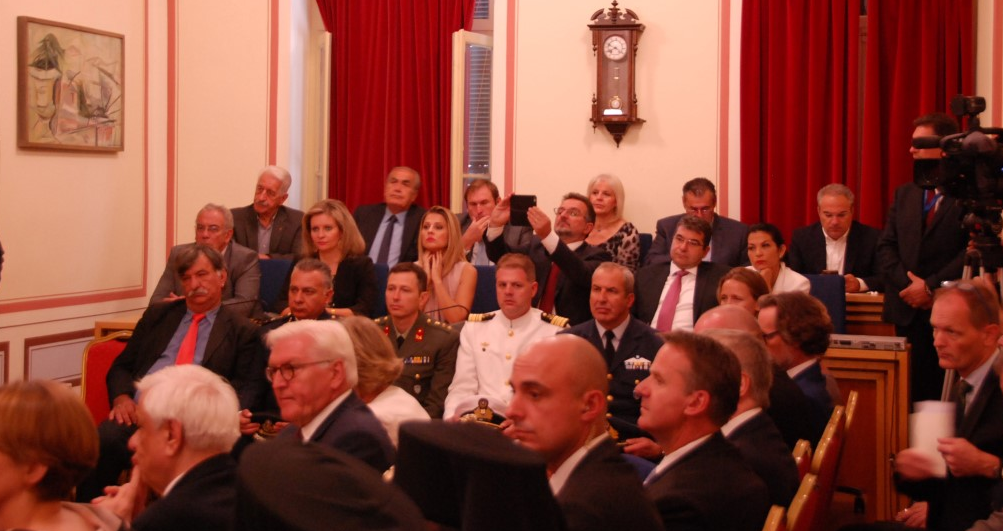 Επίτιμος Δημότης Καλαμάτας ο Σταϊνμάιερ: Όλα όσα έγιναν στην τελετή