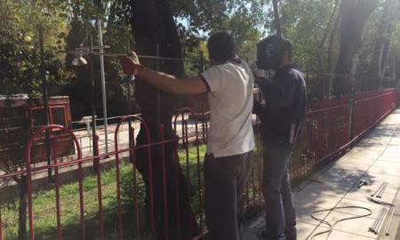 Υψώνονται τα κάγκελα στο Πάρκο Σιδηροδρόμων Καλαμάτας