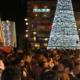 Εορταστικό ωράριο Χριστουγέννων: Πότε ξεκινάει, ποιες Κυριακές θα είναι ανοιχτά τα καταστήματα