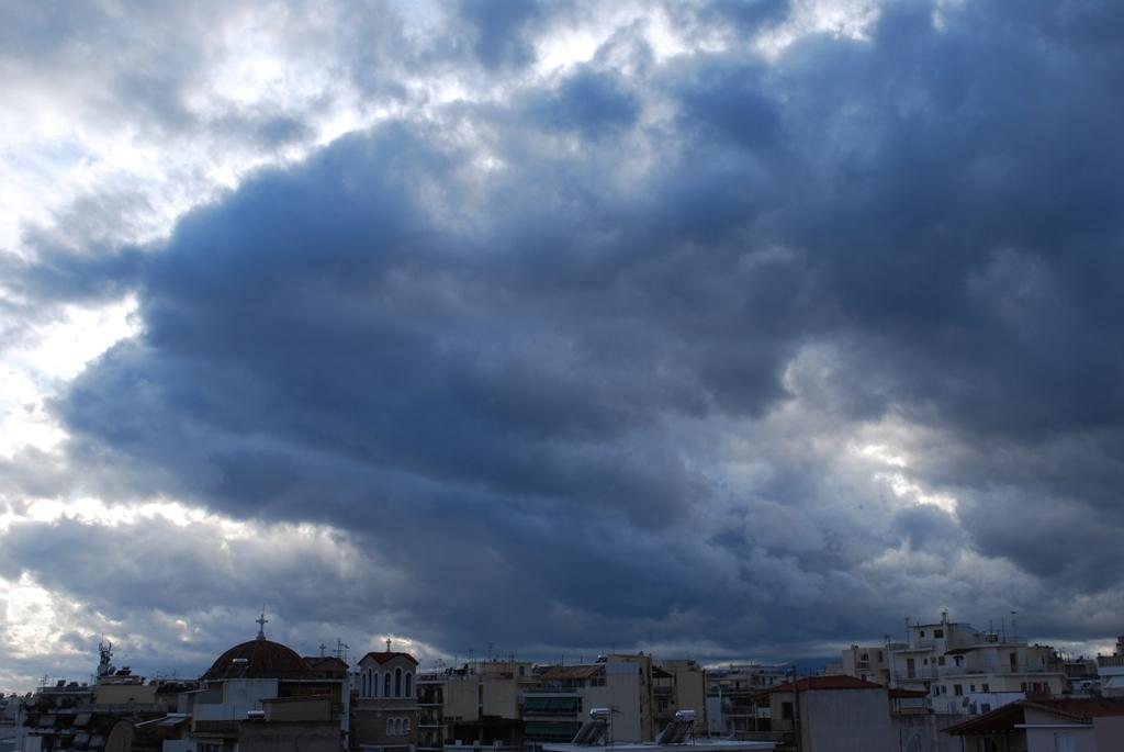 Eπιτέλους θα πέσει λίγη βροχούλα!