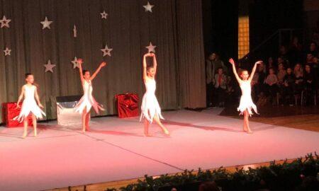 ΦΟΚ: Ονειρεμένη μουσικοχορευτική παράσταση των αθλητριών στο Πνευματικό