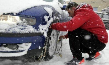 Προβλήματα από τις χιονοπτώσεις στο οδικό δίκτυο Πελοποννήσου-Αλυσίδες στην Ε.Ο.Καλαμάτας-Σπάρτης