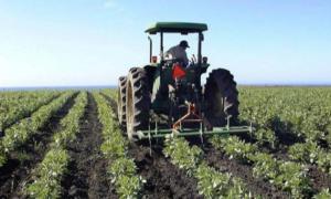 """Ιδρύονται """"ΚΕΠ"""" Αγροτών: 54 σημεία εξυπηρέτησης ασφαλισμένων αγροτών με στόχο να γίνουν 119"""