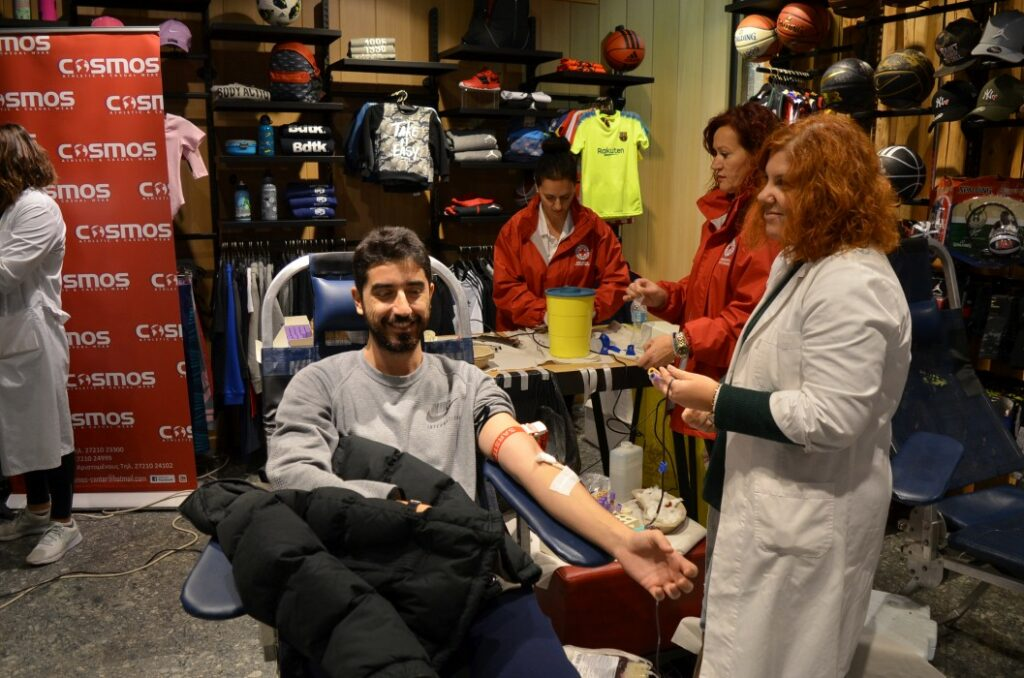 Με επιτυχία η 4η αιμοδοσία αγάπης στα COSMOS Καλαμάτας