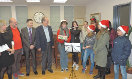 Oι ευχές με πολιτικό μήνυμα του Δημάρχου Καλαμάτας για τα Χριστούγεννα