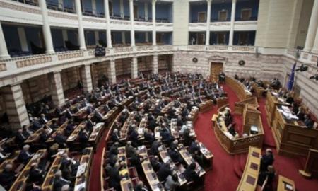 Βουλή: Ψήφος εμπιστοσύνης από 158 βουλευτές στην κυβέρνηση