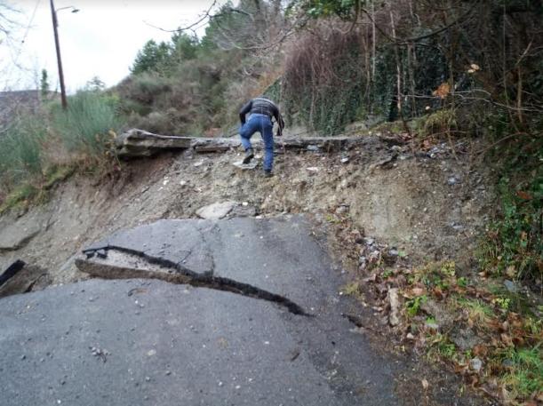 """Πετράκος: """"Μεγάλη η καταστροφή γιατί δεν έχει γίνει κανένα έργο προστασίας εδώ και 20 χρόνια"""""""