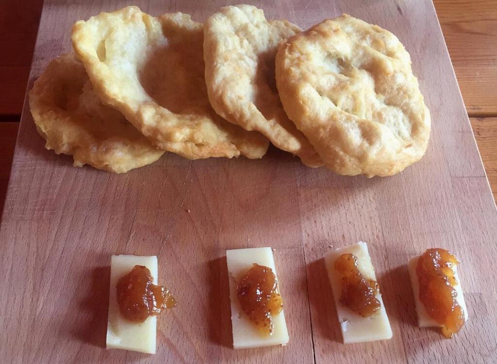 Τραβηχτές: Οι παραδοσιακές πίτες από τη Μάνη που πρέπει να δοκιμάσεις