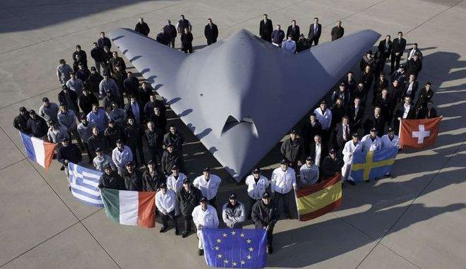 """Δοκιμάστηκε το αεροσκάφος """"φάντασμα"""" που φέρει ελληνική υπογραφή"""