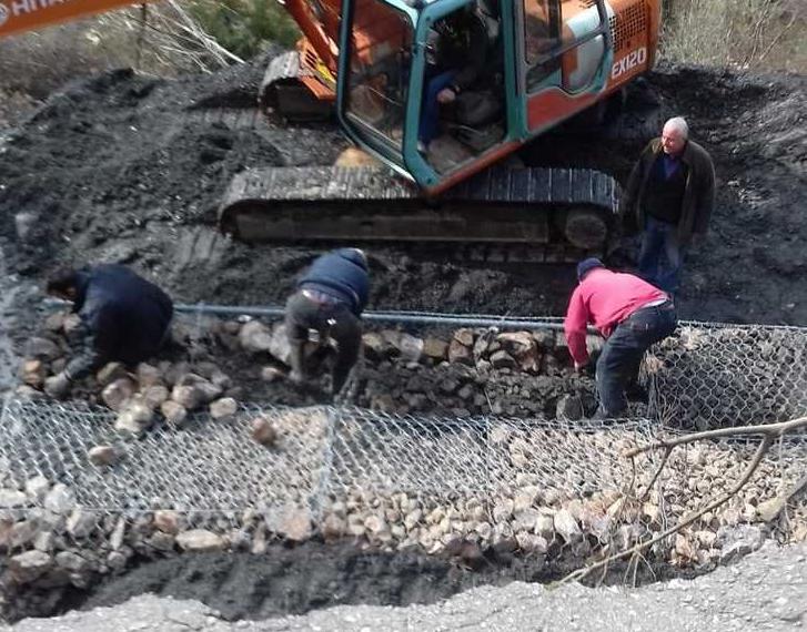 Σε εξέλιξη οι παρεμβάσεις για αποκατάσταση των δρόμων στα χωριά του Ταϋγέτου