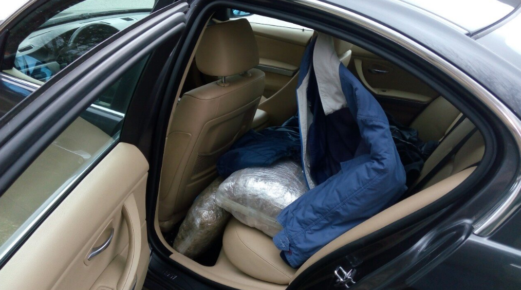 48χρονος γέμισε χασίς το πορτ-μπαγκάζ και ταξίδευε στην Εθνική οδό
