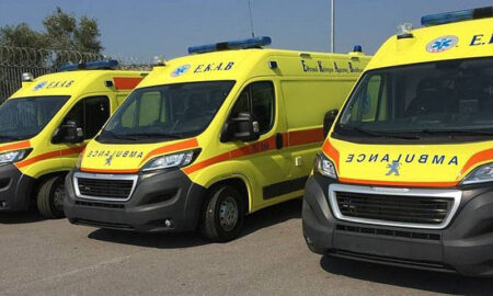 Τρία νέα ασθενοφόρα στο ΕΚΑΒ Μεσσηνίας