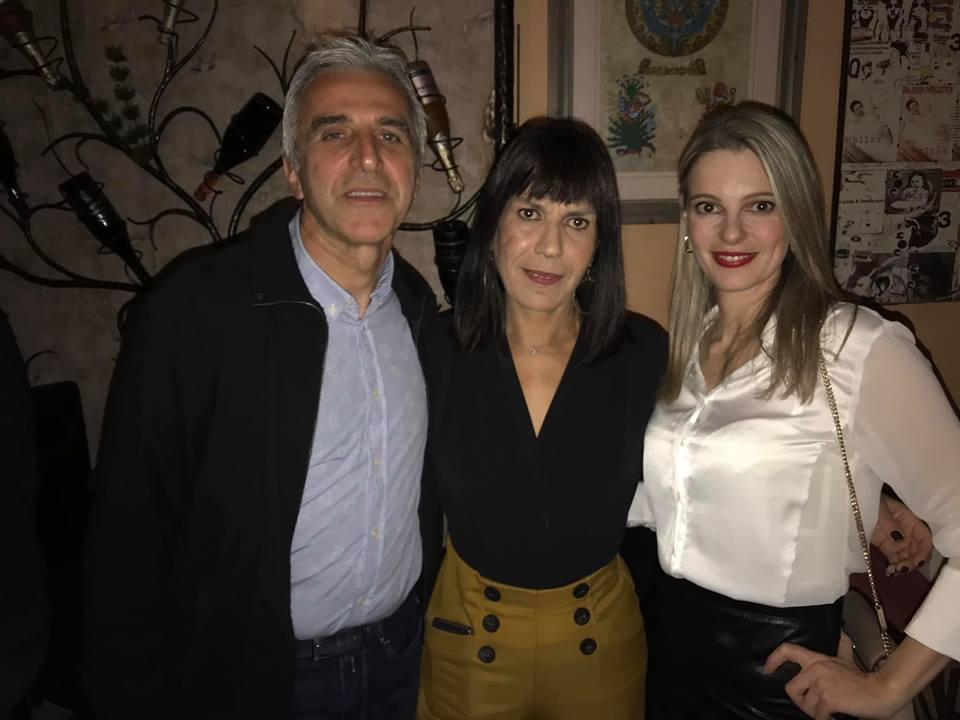 Κοσμόπουλος και υποψήφιοι: χαλαρό ποτάκι κι ανταλλαγή απόψεων
