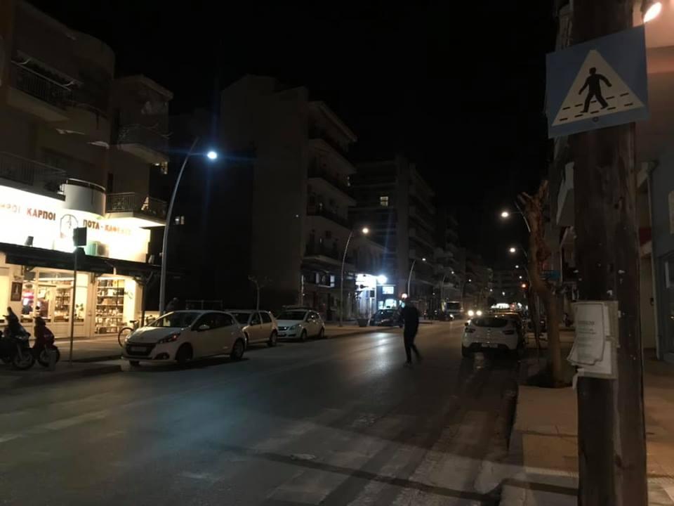 Εννέα κολώνες led σβηστές στη Φαρών