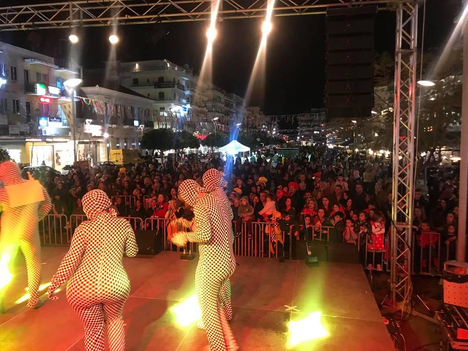 Καρναβάλι: Με χορό και μακαρονάκι κοφτό η εκδήλωση στη πλατεία!