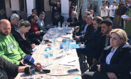 Οι υποψήφιοι Δήμαρχοι Καλαμάτας ενημερώθηκαν για τα προβλήματα των τσιγγάνων της Αγ.Τριάδας