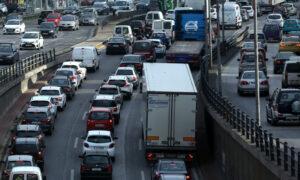 Σαφάρι ελέγχων από την ΑΑΔΕ για τα ανασφάλιστα οχήματα – Ερχονται τσουχτερά πρόστιμα