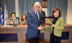Δήμος Πύλου Νέστορος: Τίμησαν τη μεσσήνια συγγραφέα Θεοδώρα-Λούφα-Τζοάννου