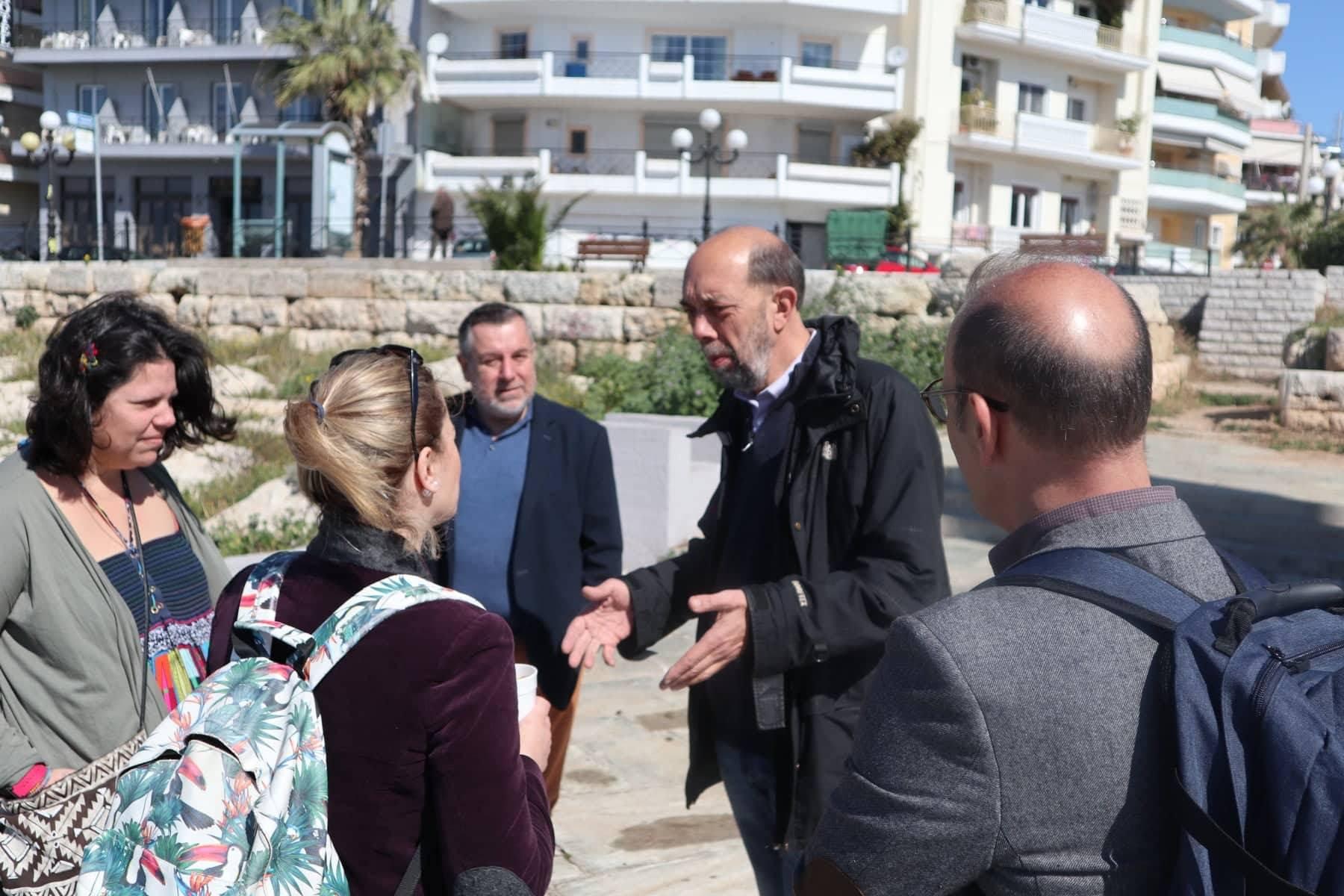 Καλαμάτα Τόπος Ζωής: Συνάντηση στον Πειραιά με τον Νίκο Μπελαβίλα