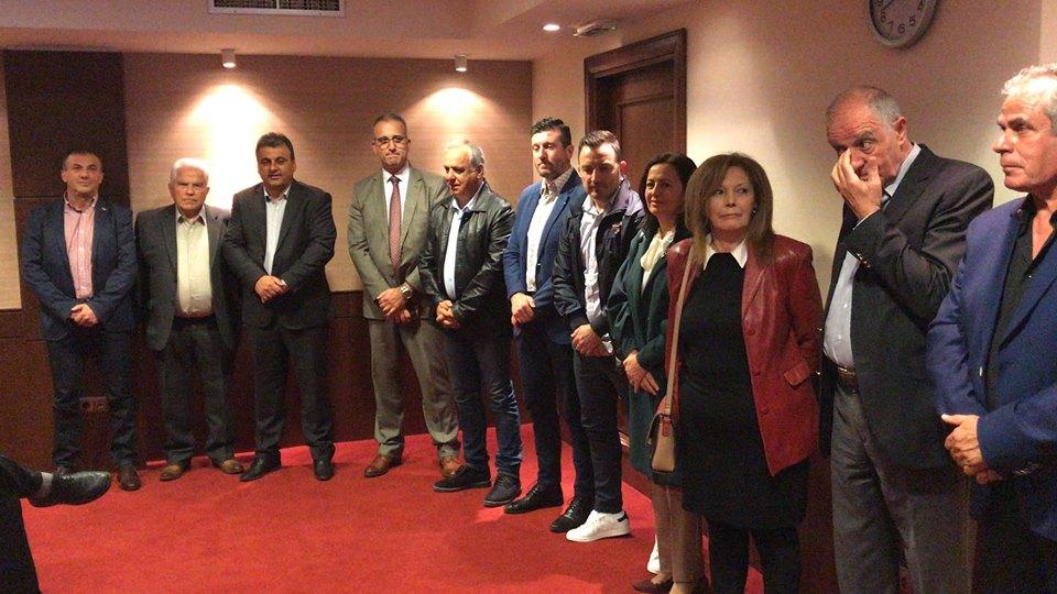 """Κοσμόπουλος: 14 ακόμα υποψήφιοι – Ηχηρό """"παρών"""" από 3 βετεράνους Δημάρχους"""
