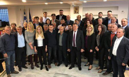 """Τσώνης: Παρουσίασε την """"πρώτη γραμμή των μαχητών"""" 39 υποψήφιους σε κλίμα συγκίνησης"""