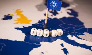 Το ευρωπαϊκό διαδίκτυο αλλάζει: Τι σημαίνει η οδηγία που ψήφισε σήμερα το ευρωκοινοβούλιο