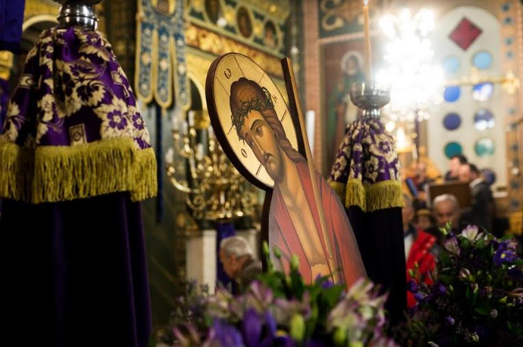 Με κατάνυξη η Ακολουθία του Νυμφίου στον Άγιο Νικόλαο Καλαμάτας