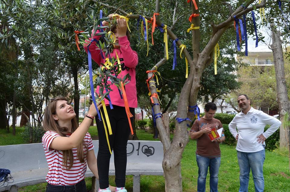 Let's do it Greece: Μεγάλη η συμμετοχή στον καθαρισμό του Πάρκου Σιδηροδρόμων Καλαμάτας