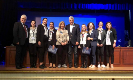 Στην Κωνσταντινούπολη ο Καφαντάρης με μαθητές και καθηγητές του Γυμνασίου Πύλου