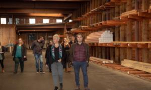 """""""Καλαμάτα Ξεκινάμε"""": Στις επιχειρήσεις της βιομηχανικής περιοχής της Καλαμάτας η Οικονομάκου"""
