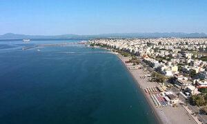 ΔΕΥΑΚ: Εξαιρετικά τα νερά κολύμβησης στις παραλίες Καλαμάτας και τον Ιούλιο