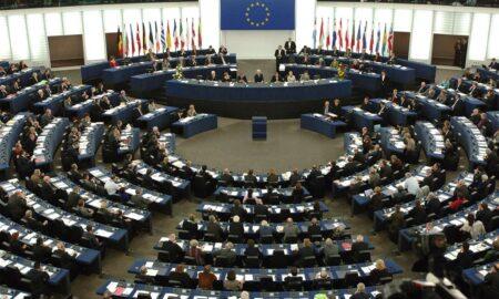 MRB: Ποιοι υποψήφιοι προηγούνται στις Ευρωεκλογές