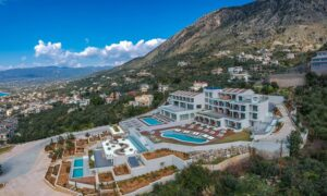Επενδυτική έκρηξη στον Τουρισμό με 1,5 δισ. για νέα ξενοδοχεία