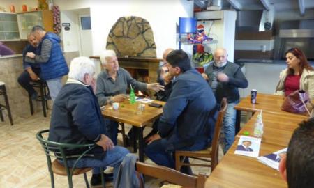 Συνεχίζει τις περιοδείες του στα χωριά του Πεταλιδίου ο Αθανασόπουλος