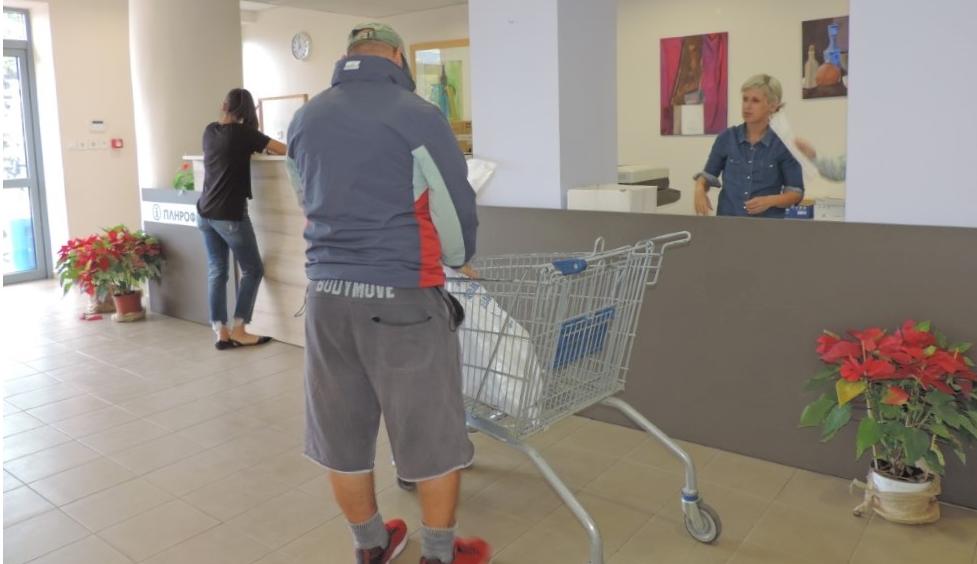 Δήμος Καλαμάτας: Παραλαμβάνουν τους εκλογικούς σάκους οι δικαστικοί αντιπρόσωποι