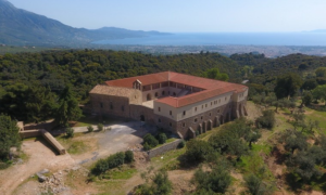 Oρειβατικός Καλαμάτας: Καθαρισμός μονοπατιού στην Ιερά Μονή Βελανιδιάς
