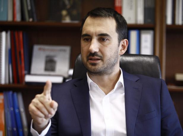 """Χαρίτσης: Να τοποθετηθεί ο Μητσοτάκης για το """"σοβαρό θεσμικό ατόπημα"""" Αυγενάκη"""