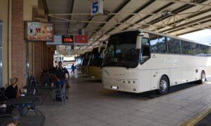 Ομηρία σε λεωφορείο του ΚΤΕΛ στον Πύργο-Απειλούσε τον οδηγό με μαχαίρι να τον πάει στην Καλαμάτα!