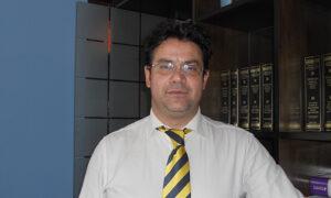 """Χρυσός: """"Αρμόδιος ο εισαγγελέας για τα ατοπήματα στη δημόσια Διοίκηση και όχι οι εφημερίδες και τα κανάλια"""""""