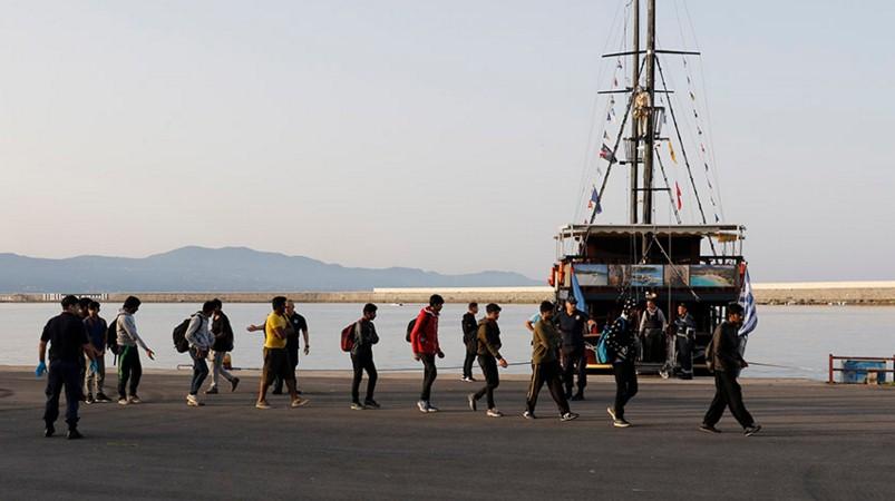 77 παράτυποι μετανάστες στο Λιμάνι της Καλαμάτας