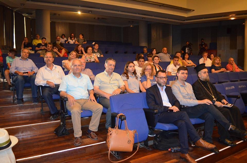 4ο&6ο Γυμνάσιο Καλαμάτας: Παγκόσμια πρωτοπορία η παραγωγή ελαιολάδου σε μηδενική βαρύτητα