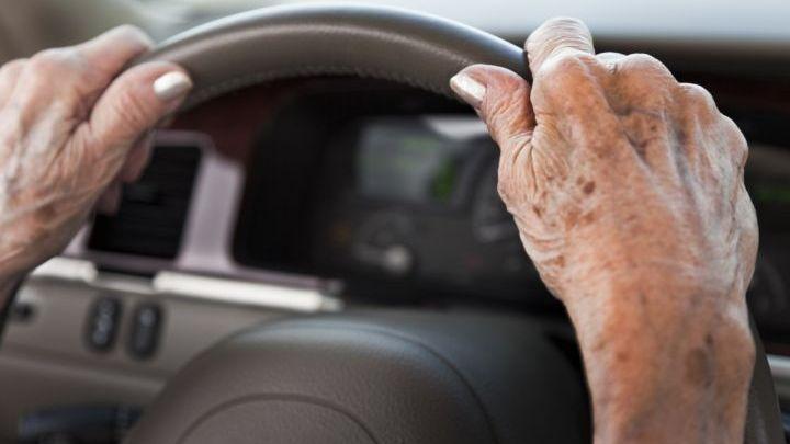 Δίπλωμα οδήγησης: Τι ισχύει πλέον για τους ηλικιωμένους