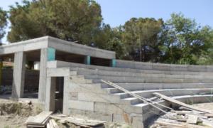 Mάκαρης: «Γεφύρι της Άρτας» το Ανοιχτό Θέατρο της Καλαμάτας