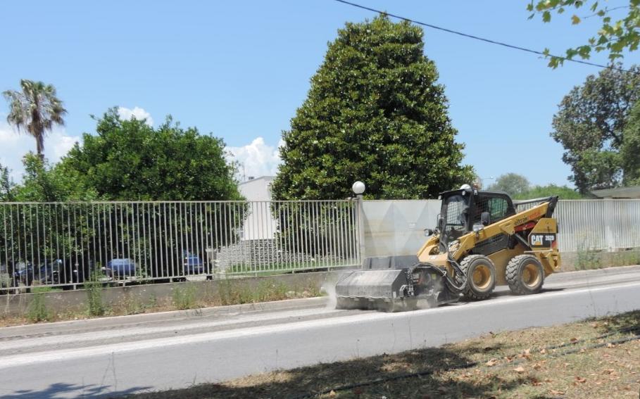 Σε εξέλιξη οι ασφαλτοστρώσεις δρόμων στην Καλαμάτα
