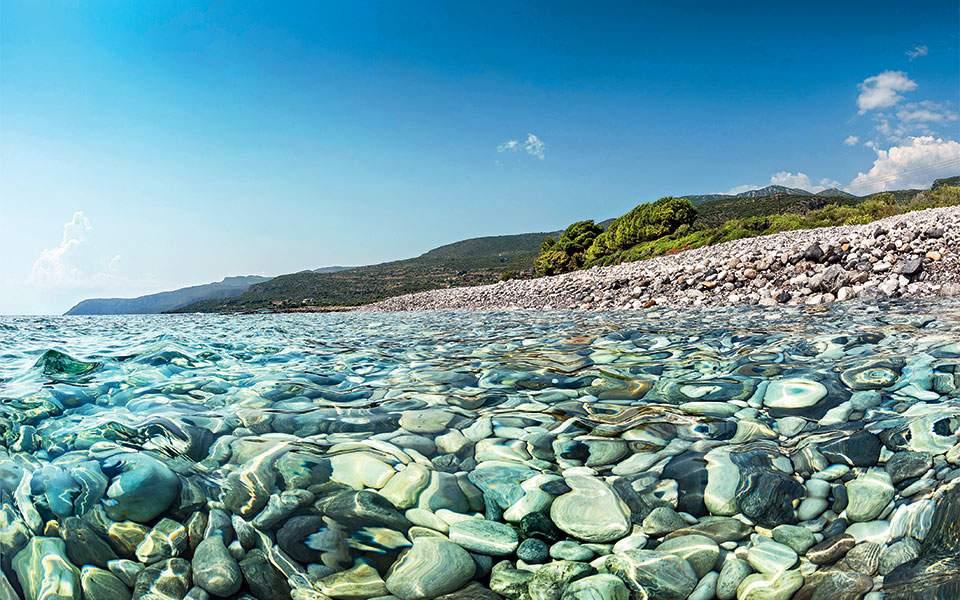 Μπούζα: Εξαιρετικής ποιότητας νερά σε 47 ακτές της Μεσσηνίας-Ανυπόσταστες οι αναλύσεις ΠΑΚΟΕ
