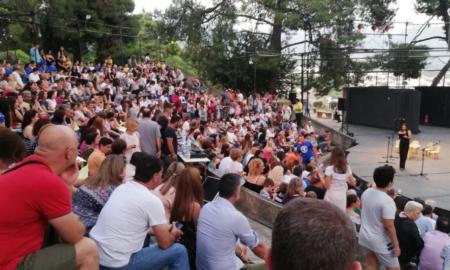 «Τα ΚΔΑΠ …στην τηλεόραση»: Πλήθος κόσμου στην καλοκαιρινή γιορτή των ΚΔΑΠ Καλαμάτας