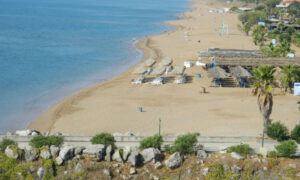 Νεκρός 87χρονος στην παραλία της Μπούκας