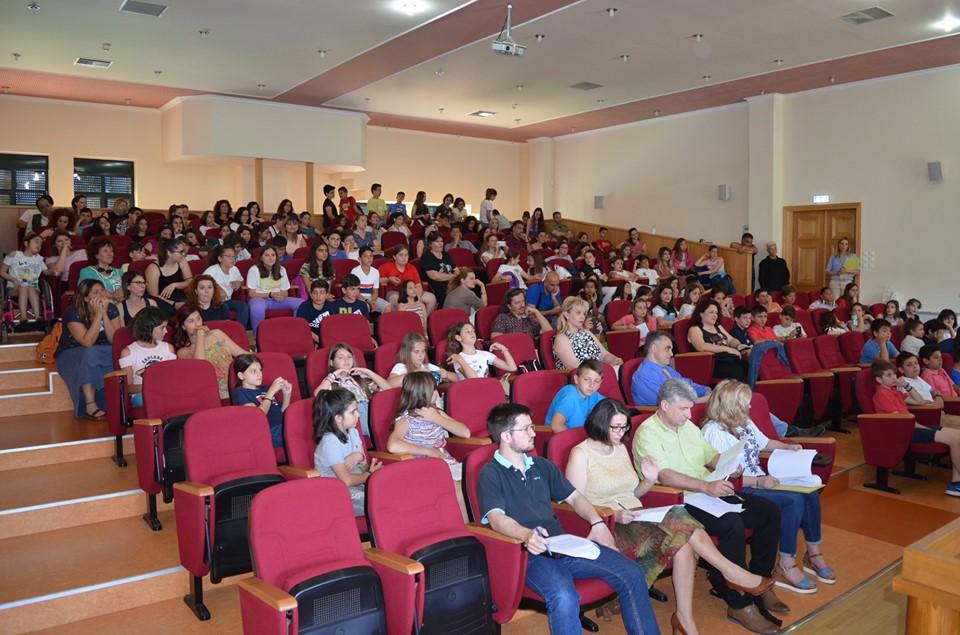 Ρητορικοί αγώνες Δημοτικών: Ρεκόρ συμμετοχής με 90 μαθητές από 17 σχολεία της Μεσσηνίας